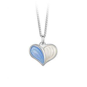 Mestergull Anheng i sølv med hjerteform og emalje i lys blå og hvit PIA & PER Anheng
