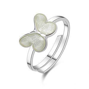 Mestergull Ring med hvit sommerfugl i sølv og emalje PIA & PER Ring