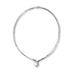 Mestergull Enkelt collier i rhodinert sølv med cubic zirkonia og ferskvannsperle MESTERGULL Kjede