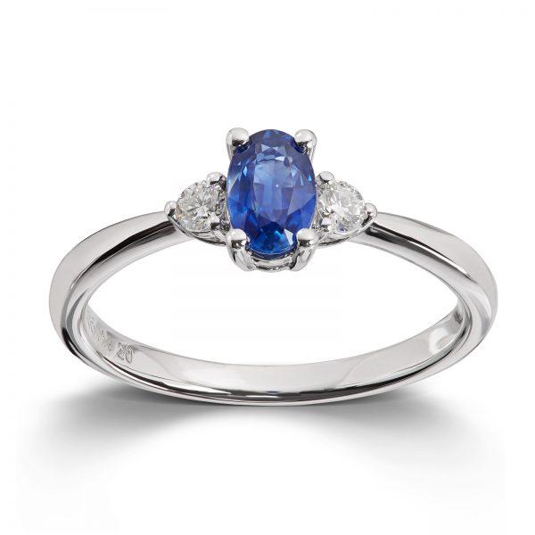 Mestergull Lekker ring i hvitt gull med safir og diamanter MG DIAMONDS Ring