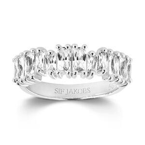 Mestergull Ring i sølv 925s rhodinert med blankpolert overflate og Baguette Zirkonia. SIF JACOBS JEWELLERY Antella Ring