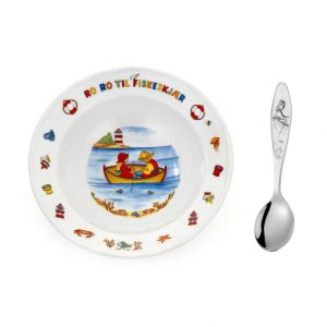 Mestergull Sølv barneskje med grøtskål i porselen i mønsteret Ro Ro Til Fiskeskjær RO RO TIL FISKESKJÆR PIKE Barneskje