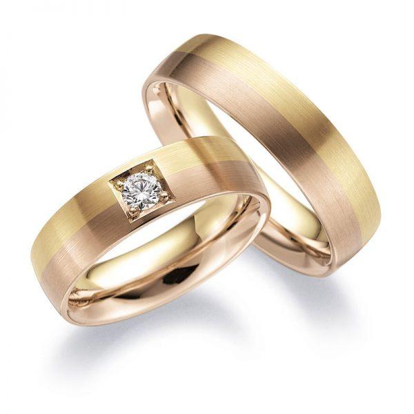 Mestergull Disse ringene fra profil 2 er utført i gult gull og rødt gull. Dameringen er fattet med diamant i stikkfatning tilpasset bredden på ringen. Prisen nedenfor er pr. ring uten diamant da denne kan velges i mange størrelser. LYKKERINGENE Eksempel Ring