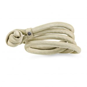 Mestergull Design Bracelet Sweet Drops i silke beige LYNGGAARD Sweet Drops Armbånd