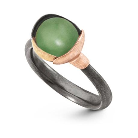 Mestergull Ring Lotus str. 1 i oksidert sølv med blad i 18 K rosé og gult gull - Sepentin LYNGGAARD Lotus Ring