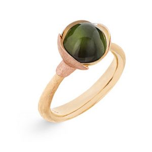 Mestergull Ring Lotus str. 1 i 18 K Gult gull med to blad i rosé gull - Grønn turmalin LYNGGAARD Lotus Ring