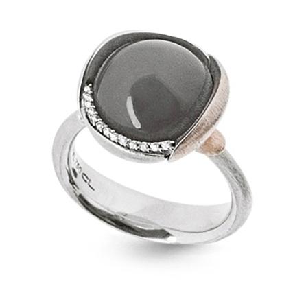 Mestergull Ring Lotus str. 3 i 18 K Hvitt gull rhodinert og urhodinert -13 diamanter totalt 0,05 ct. TwVs - Grå månesten LYNGGAARD Lotus Ring