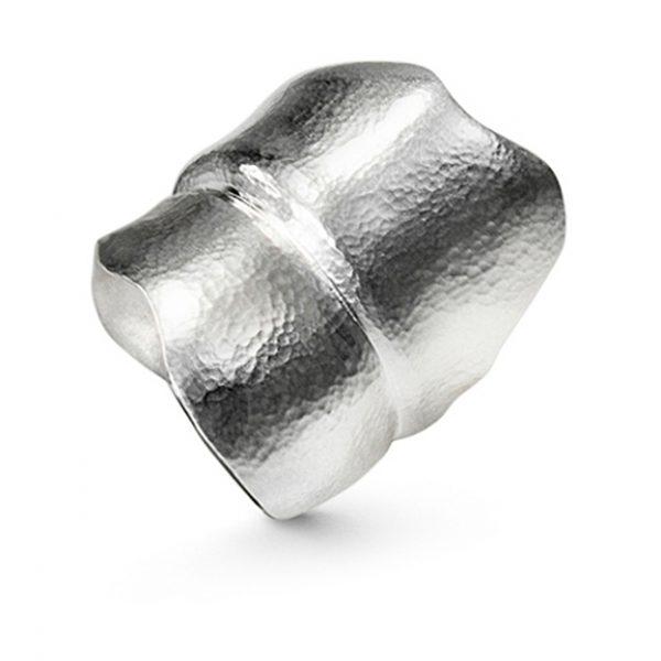 Mestergull Leaves ring stor i sølv LYNGGAARD Leaves Ring