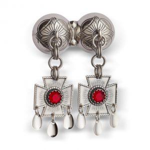 Mestergull Dobbel halssølje i oksidert sølv med korsløvheng og røde stener. NORSK BUNADSØLV Sølje