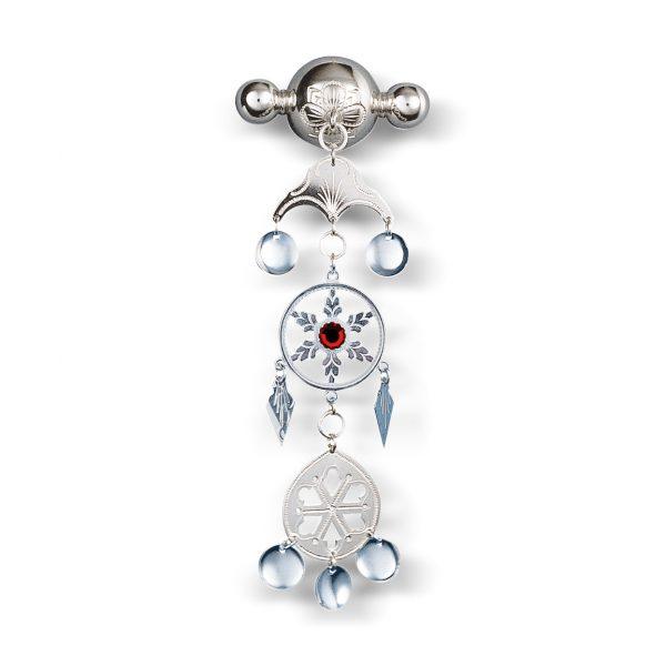 Mestergull Sunnmørsknappen i oksidert sølv og rød sten. NORSK BUNADSØLV Sølje
