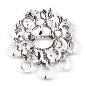 Mestergull Ringsølje i oksidert sølv, støpt utførelse med blanke ringer. NORSK BUNADSØLV Sølje
