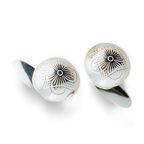 Mestergull Mansjettknapper med bunn i oksidert sølv NORSK BUNADSØLV Mansjettknapp