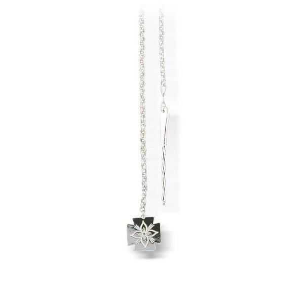 Mestergull Kjede i hvitt sølv med spyd og løv. NORSK BUNADSØLV Kjede