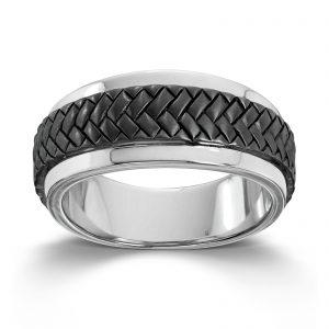 Mestergull Tøff ring til herre i rhodinert sølv med skinn detaljer MESTERGULL Ring