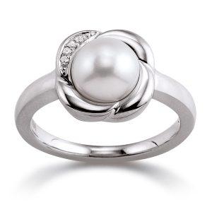 Mestergull Elegant ring i rhodinert sølv med ferskvannsperle VIVENTY Ring