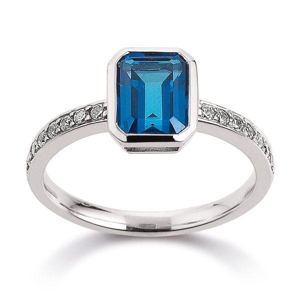 Mestergull Flott ring i rhodinert sølv med kashmirblå topas og cubic zirkonia VIVENTY Ring