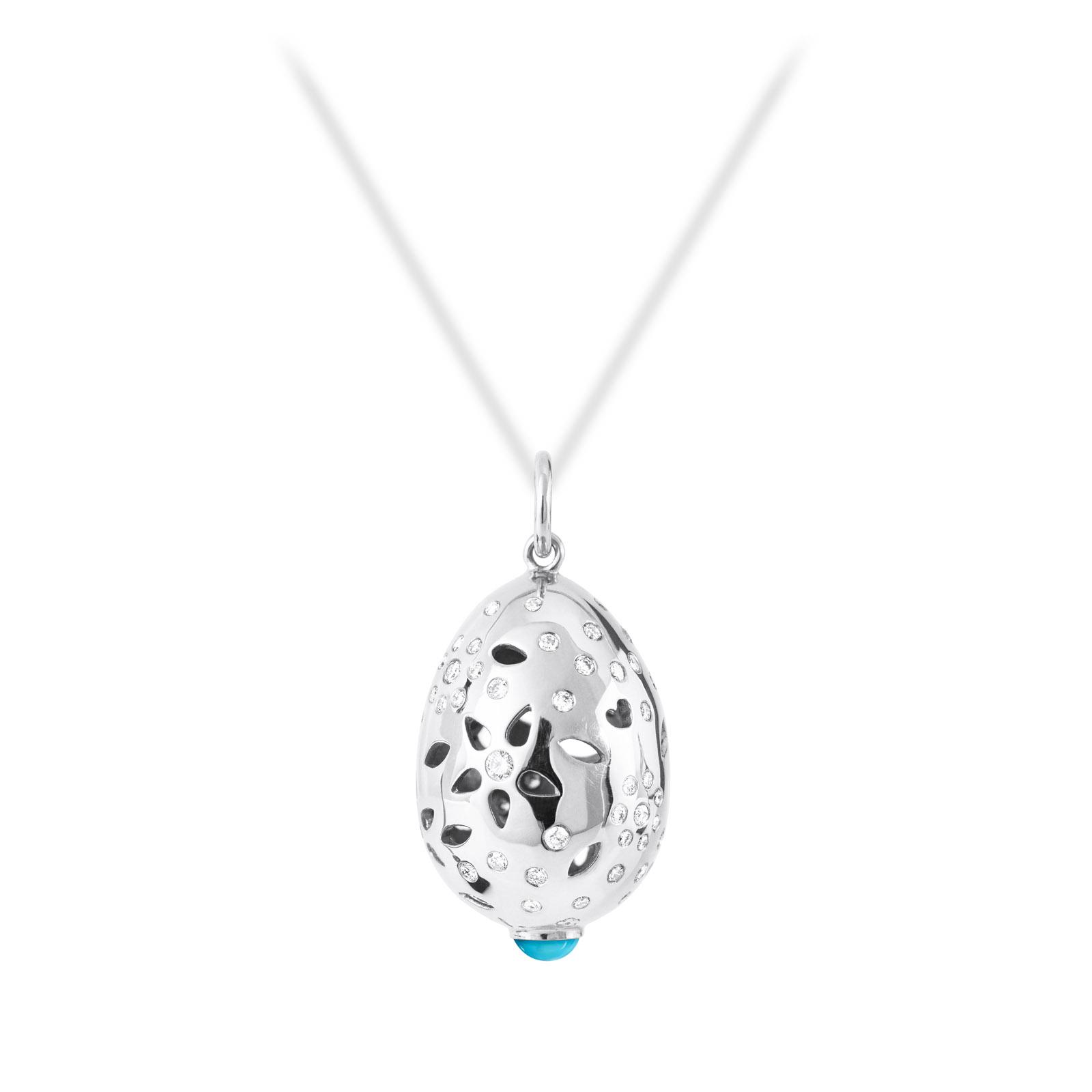 Mestergull Lace anheng i 18kt. hvitt gull med turkis og 66 diamanter totalt 0,58 ct. TwVs LYNGGAARD Lace Anheng