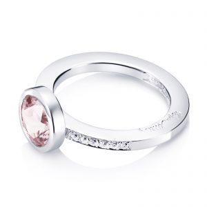 Mestergull Nydelig ring i hvitt eller gult gull med morganitt og diamanter EFVA ATTLING High Morganita Ring
