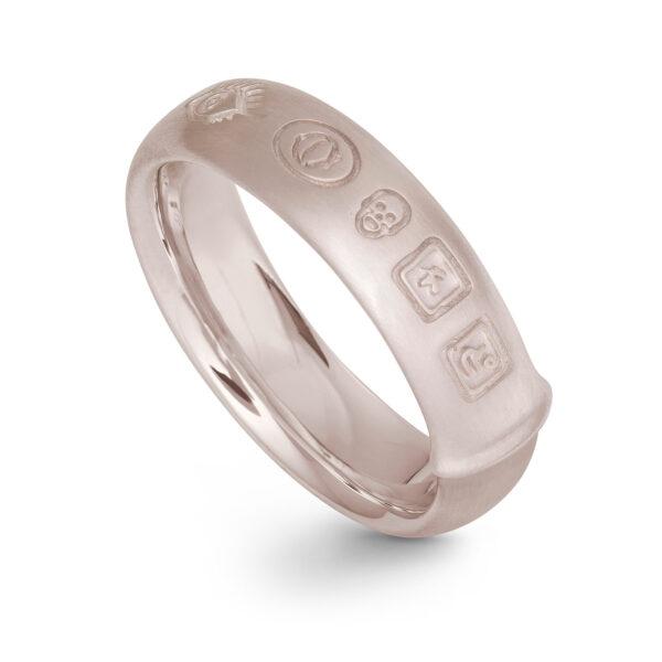 Mestergull Ring Julius i 18 kt. urhodinert Hvitt gull LYNGGAARD Ring