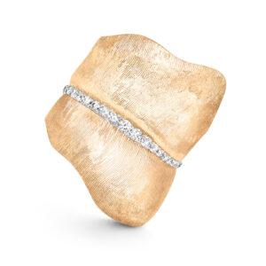 Mestergull Leaves ring stor i 18 kt. gult gull med 48 diamanter totalt 0,45 ct. TwVs LYNGGAARD Leaves Ring