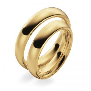 Mestergull Kraftige og tunge ringer i gult gull i profil 1. Den innvendige buede fomen gjør at ringene er svært behagelig å ha på. Prisen nedenfor er pr. ring. LYKKERINGENE Eksempel Ring