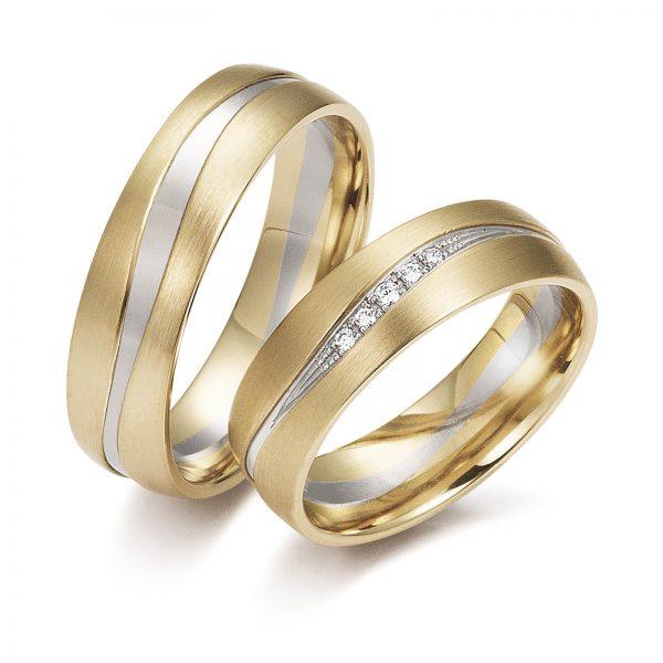 Mestergull Utfordrende å lage men mulig i Lykkeringene. Tofargede ringer i gult og hvitt gull i bølgeform med diamanter i forløp. Prisen nedenfor er pr. ring uten diamanter da disse kan velges helt etter ønske og budsjett. LYKKERINGENE Eksempel Ring