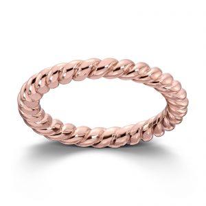 Mestergull Roseforgylt sølv ring tvunnet. Denne er fin i kombinasjon med flere ringer fra GID Stackable. GID Stackable Ring