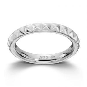 Mestergull Sølv ring. Denne er fin i kombinasjon med flere ringer fra GID Stackable. GID Stackable Ring