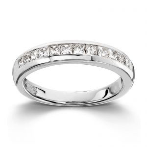 Mestergull Tidløs ring i hvitt gull med princess cut diamanter MG DIAMONDS Ring