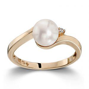 Mestergull Elegant ring i gult gull med ferskvannsperle og diamant MESTERGULL Ring