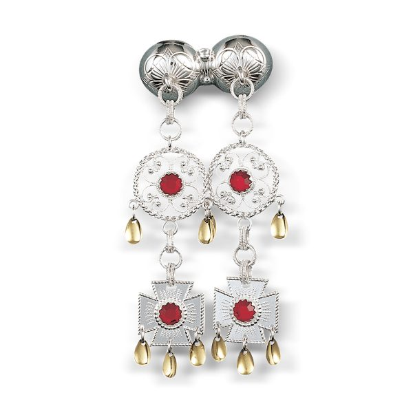 Mestergull Halssølje Märtha-knappen i oksidert sølv med hvite heng med røde stener og forgylte dråpeløv. NORSK BUNADSØLV Sølje