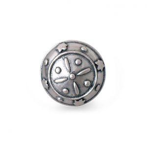 Mestergull Bunadsknapp i oksidert sølv, spesielt laget til Tromsbunaden. NORSK BUNADSØLV Knapp