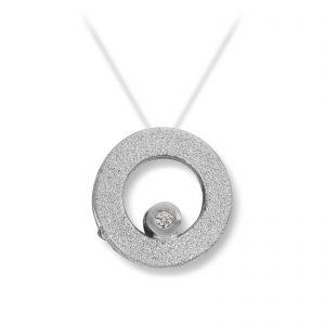 Mestergull Lås i hvitt gull med dia. 2 x 0,02 carat TWSI. Diameter 1,2 cm. VAN BERGEN Circle Lås