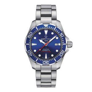 Mestergull Som en sann dykkerklokke oppfyller den alle kravene i ISO 6425-standaren og er vanntett opp til 300 m. Powermatic-bevegelsen har en strømreserve på opptil 80 timer CERTINA DS Action Ur