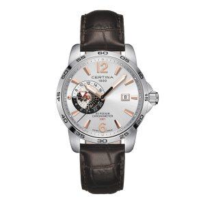 Mestergull Denne sporty og elegante klokken er dedikert til alle som føler seg hjemme i mer enn en tidssone. Med en separat 24-timers globusskjerm og offisielt sertifisert chronometer-presisjon. CERTINA DS Podium Ur