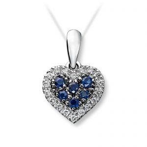 Mestergull Lekkert hjerteanheng i hvitt gull med diamanter og safirer selges uten kjede MG DIAMONDS Anheng