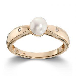 Mestergull Klassisk ring i gult gull med ferskvannsperle og diamanter MESTERGULL Ring