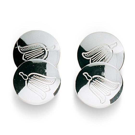Mestergull Mansjettknapper i hvitt sølv med graverte detaljer. NORSK BUNADSØLV Mansjettknapp