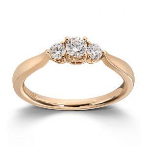 Mestergull Nydelig frierringring i gult gull med diamanter MG DIAMONDS Ring
