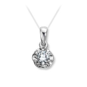 Mestergull Prinsesse er et klassisk enstens design med en elegant blondefatning i gult eller hvitt gull med diamanter i størrelse fra 0,03 ct. til 0,25 ct. PRINSESSE Anheng