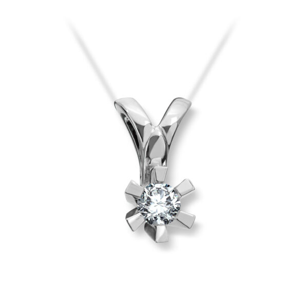 Mestergull Cinderella er en stram og lekker Solitaire modell med matchende diamantring, anheng og ørepynt i gult eller hvitt gull. Velg mellom diamanter i størrelser fra 0,10 ct. til 2,00 ct. CINDERELLA Anheng