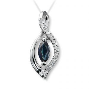 Mestergull Flott anheng i hvitt gull med diamanter og safir selges uten kjede MG DIAMONDS Anheng