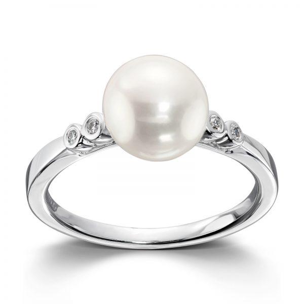 Mestergull Delikat ring i hvitt gull med diamanter og ferskvannsperler MG DIAMONDS Ring