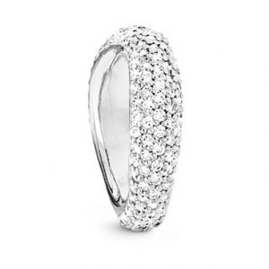Mestergull Love Ring nr. 5 i 18 K Hvitt gull Pavé med 159 diamanter. Totalt 1,75 ct TwVs blank overflate LYNGGAARD Love Ring