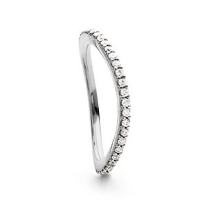 Mestergull Love Band buet rekkering i 18 K Hvitt gull med diamanter 0,40-0,47 ct. TwVs LYNGGAARD Love Ring