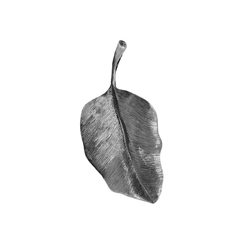 Mestergull Leaves anheng i oksidert sølv 4 cm LYNGGAARD Leaves Anheng