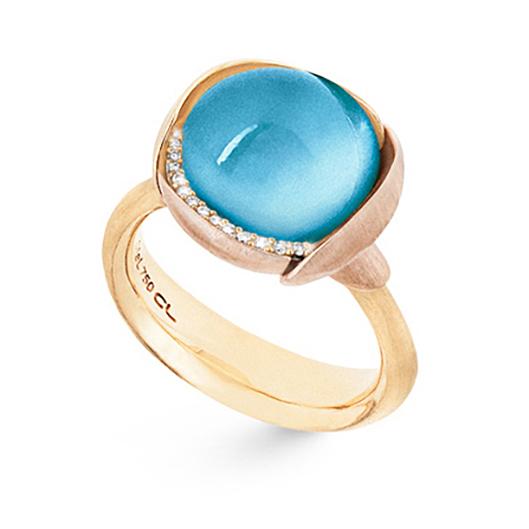 Mestergull Ring Lotus str. 3 i 18 K Gult gull med to blad i rosé gull -13 diamanter totalt 0,05 ct. TwVs - Sky blå topas LYNGGAARD Lotus Ring