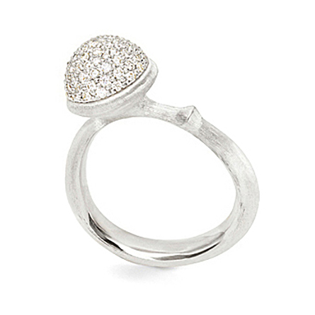 Mestergull Ring Lotus medium i 18 K Hvitt gull pavé med 76 diamanter totalt 0,40 ct TwVs LYNGGAARD Lotus Ring