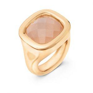 Mestergull Cushion ring i 18 K Gult gull med blush månesten 12x13mm blank overflate LYNGGAARD Cushion Ring
