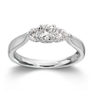 Mestergull Klassisk frieri og forlovelses ring i hvitt gull med diamanter MG DIAMONDS Ring